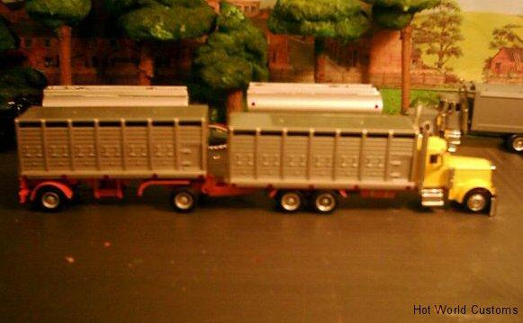 Custom Pete Cattle Truck.jpg